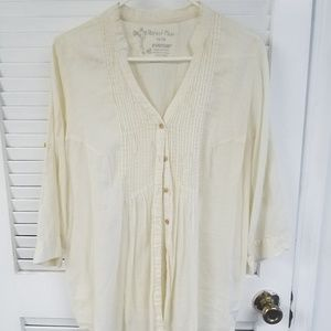 Avenue Perfect Pleat Cream Shirt
